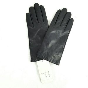 NWT Black Leather Thinsulate Lined Gloves